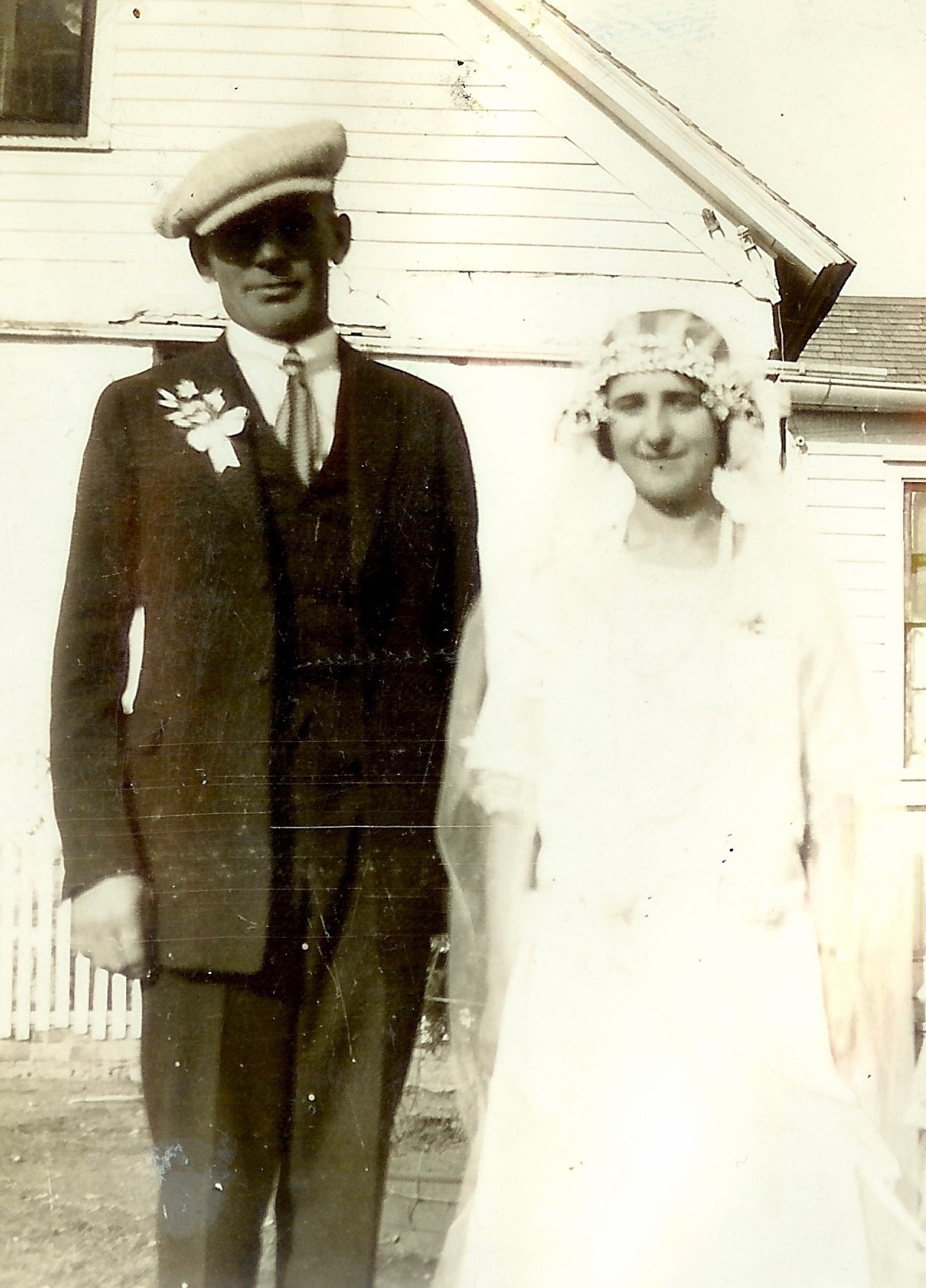 grandpa andrew and grandma mary on their wedding day in 1924